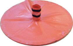 holecover000379